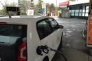 iDNES.cz: Nafta a benzín válcují v Česku zájem o elektroauta i vozy na plyn