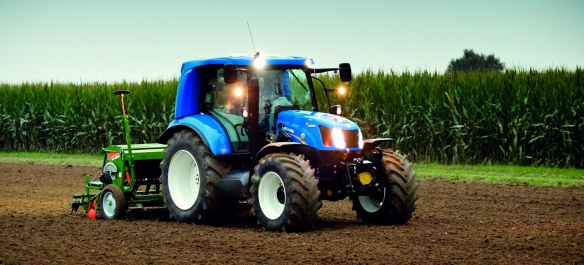 New_Holland_T6_140_MethanePower_tractor