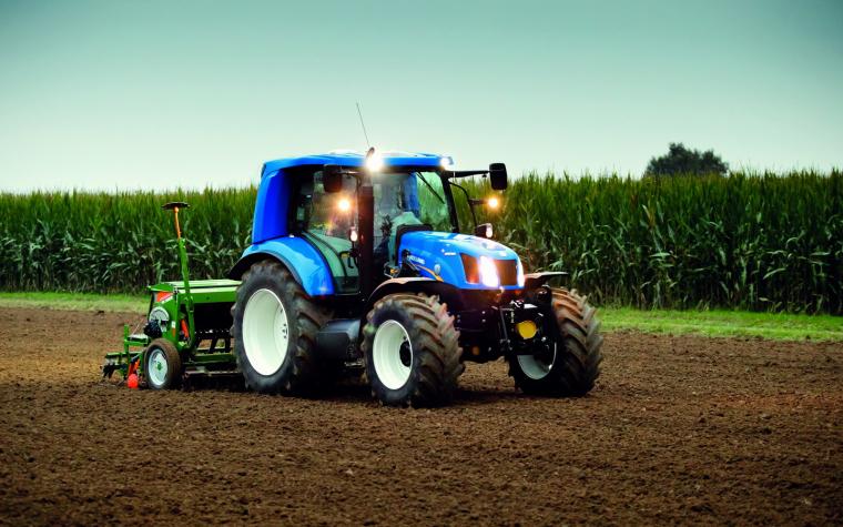 Traktor s pohonem na CNG