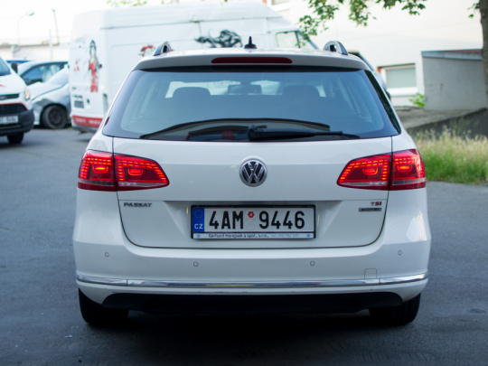 Volkswagen Passat Variant 1.4 TSI EcoFuel DSG Highline