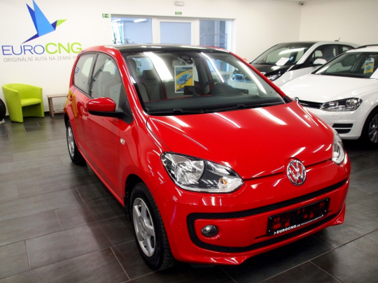 VW UP! CNG Eco-Up++ 5dveří MAN 2014 – panorama, PDC, GPS, 2xALU