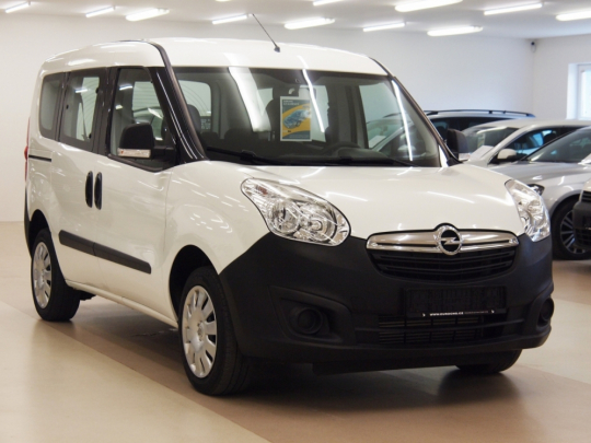Opel Combo Tour 1.4 Natural Power CNG 120HP MAN 2012 – 5míst, málo najeto