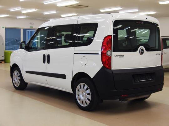Opel Combo Tour 1.4 Natural Power CNG 120HP MAN 2012 – 5míst, málo najeto