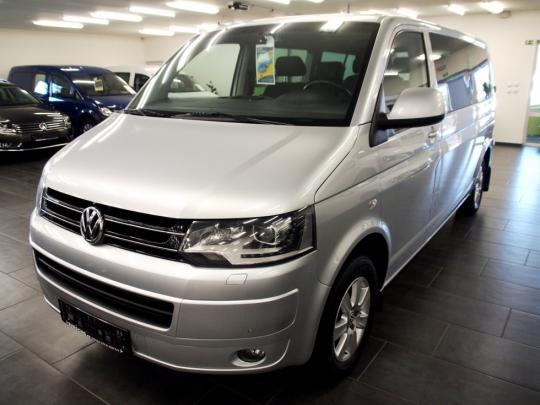 Volkswagen Caravelle 2.0 Ecofuel LONG 8 míst – bixenony, tempomat, el. šoupačky, 2xPDC