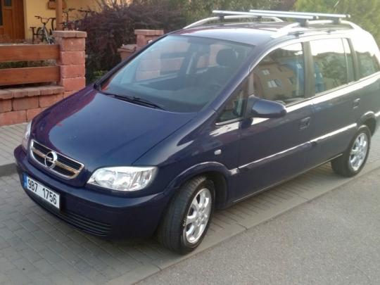 Opel Zafira 1.6 CNG, 11/2004, 7 míst