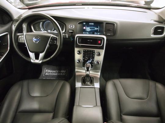 (450) Volvo V60 T5 Bi-Fuel Summum AUT 2017