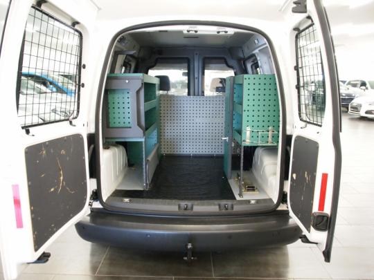 (730) Volkswagen Caddy 2.0 Ecofuel skříň MAN 2014