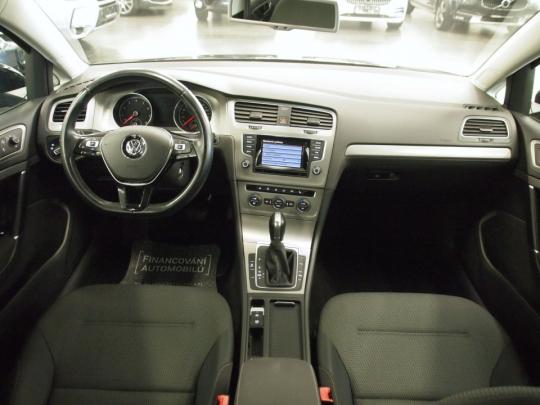 (358) AKCE -119.590,- Kč  Volkswagen Golf 1.4 TGI Sports Combi AUT 2014