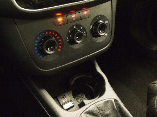 (618)  Fiat Punto Evo 1.4 Natural Power MAN 2011