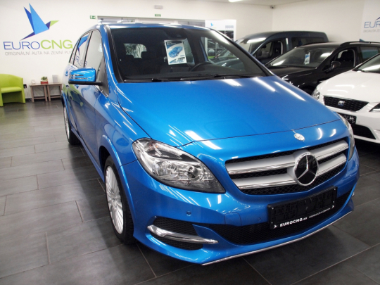 (830) Mercedes-Benz B200 NGD Natural Gas AUT 2015