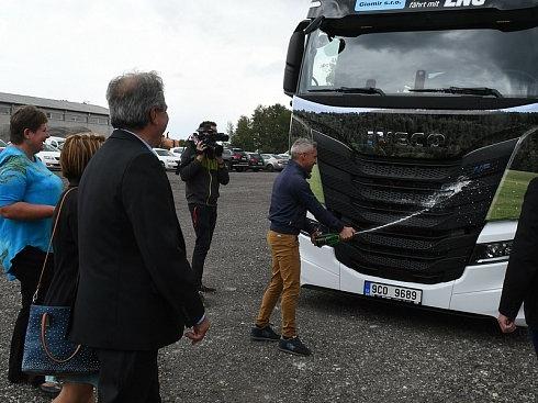 kamion-na-lng-pokrtila-spolecnost-giomir-jako-prvni-v-kraji_galerie-980